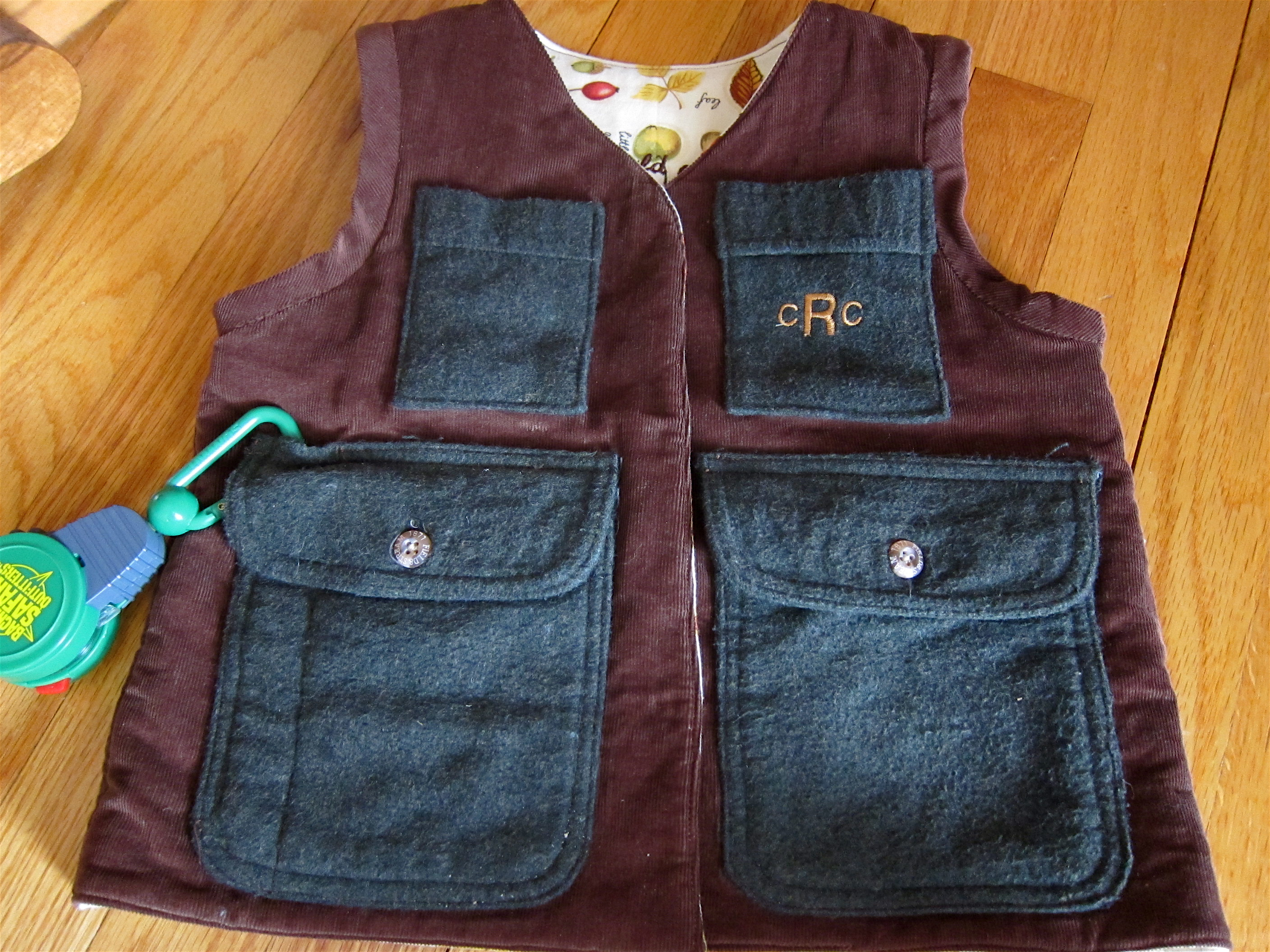Explorer Vest in all its glory!
